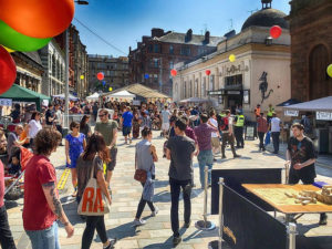 popup fun in Vinicombe Street, courtesy of Willie Miller